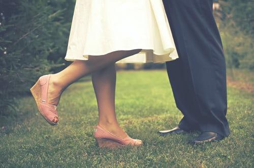 问题1:如何摆脱婚外情人的无情痛苦